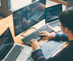 Pourquoi et comment choisir un développeur d'application web?